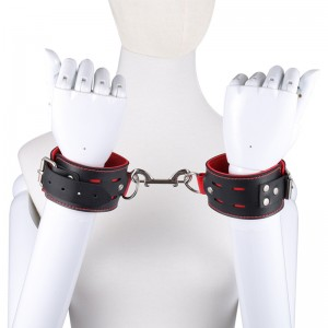 Leather handcuffs SM bondage bondage flirting alternative couple toys